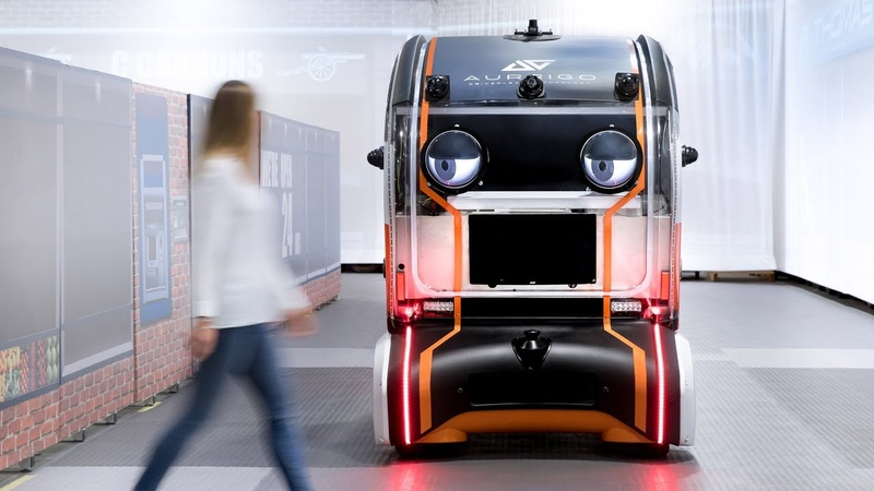 Jaguar Land Rovers prototype driverless car makes eye contact with pedestrians