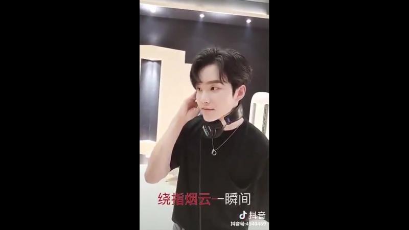 [Zhou Yanchen] доуинь яньчэня 180726