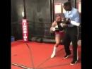 Работа по методике Майка Тайсона. Тот момент, когда твой тренер боится держать тебя на лапах.