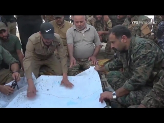 Syrian Democratic Forces and Iraqi military officials came together on the border to discu