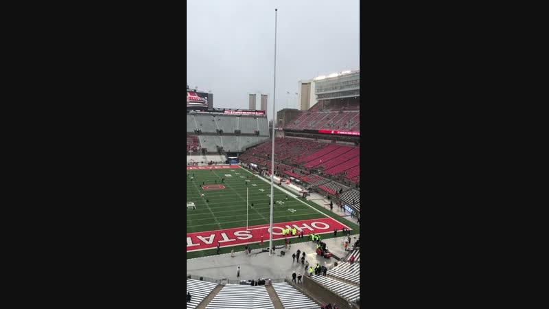 Стадион Огайо в Колумбусе - третий по величин футбольный стадион. Вместимость - 104 944 человека