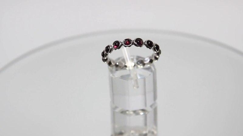Привлекательное кольцо Tamir Zuman с гранатами из серебра