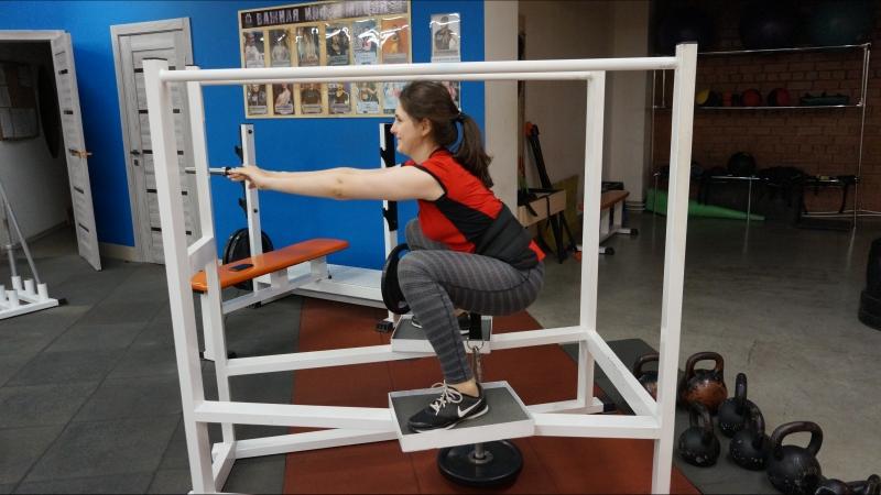 Уникальное упражнения для ног, без нагрузки на спину. только в Х-ПРАЙДе