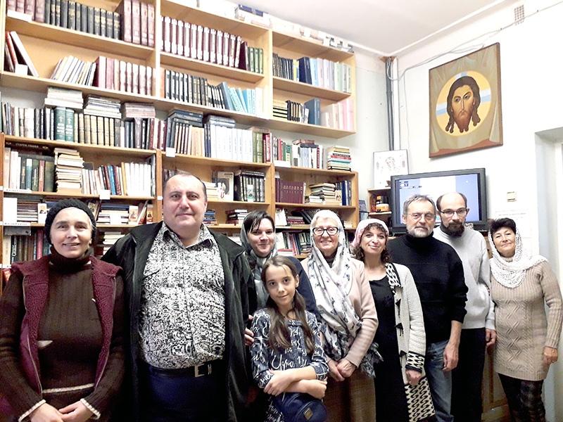 В Свято-Троицком храме состоялась встреча членов группы библиотечного клуба