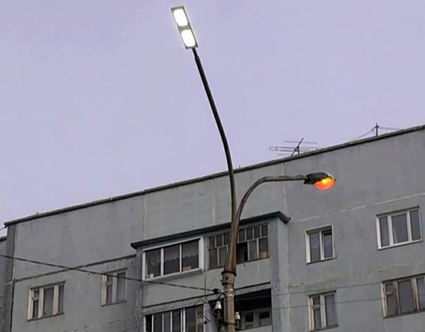 В Усть-Илимске продолжается работа по модернизации наружного уличного освещения