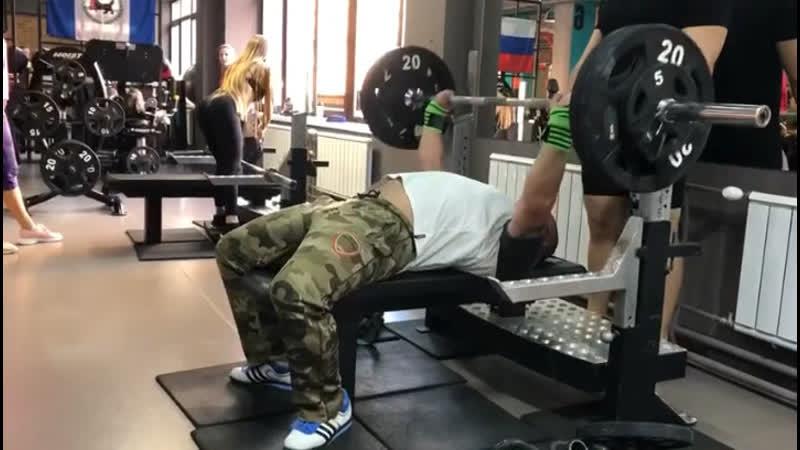 Антон Лысенко жим 110 кг 3 8