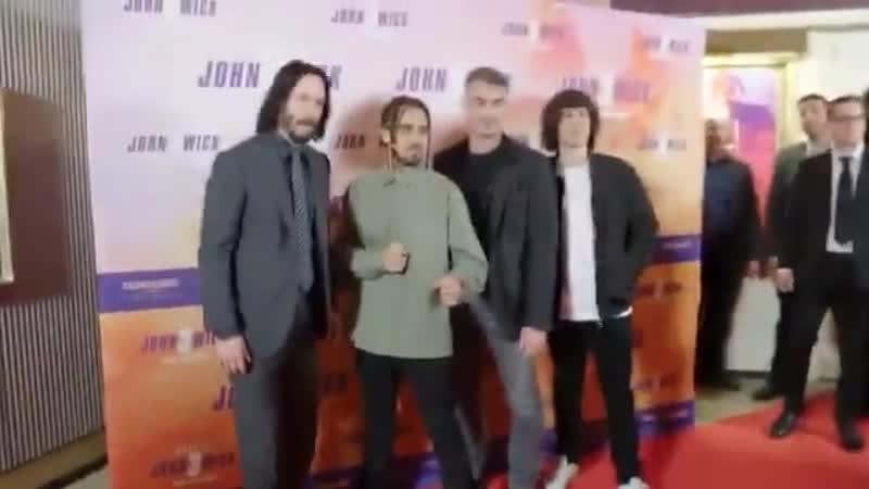 Am Sonntag fand ein Special Screening zu JohnWick3 in Anwesenheit von Hauptdarsteller KeanuReeves und Regisseur ChadStahelski in