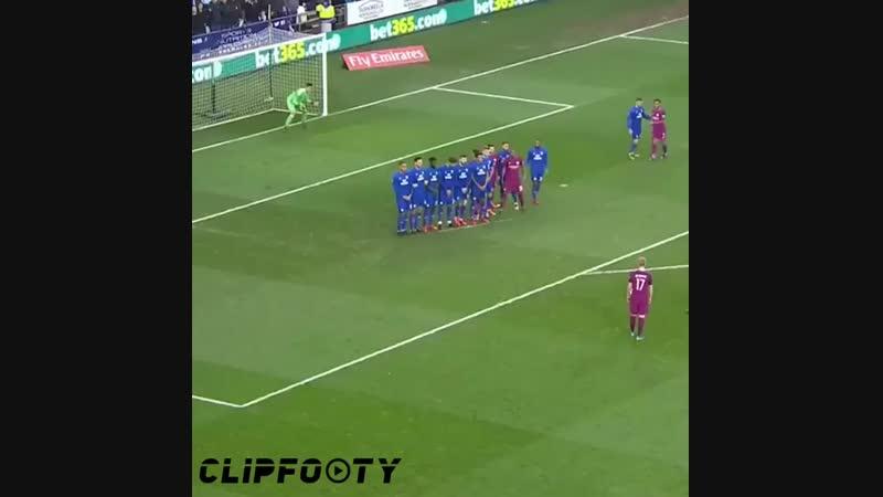 Kevin De Bruyne amazing Free-kick vs Cardiff City 🙌🏻😍