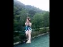 спуск по канатке в горах Абхазии над горной рекой
