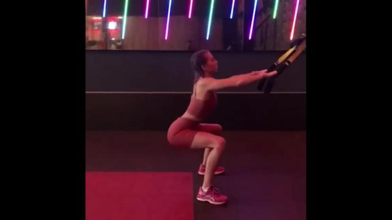 Джоджия Харрисон (Georgia Harrison) и её упражнения