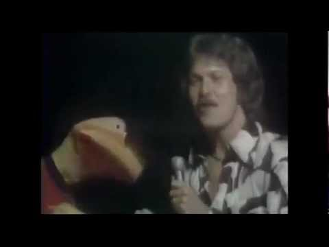 RICK DEES HIS CAST OF IDIOTS Disco Duck TOTP 1976