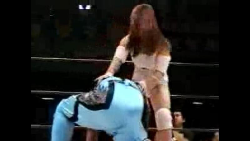 Sugar Sato, Chikayo Nagashima vs. Aja Kong, Mayumi Ozaki