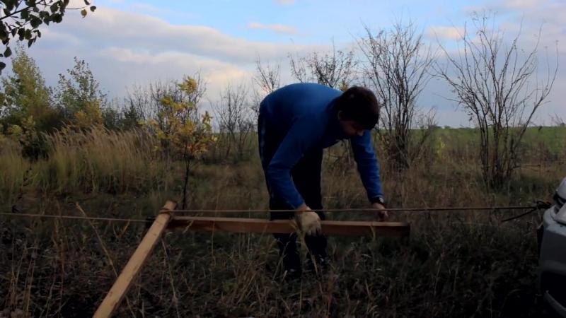 Как вытянуть авто из грязи одному Лебедка из веток Ветки веревка равно лебедка
