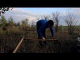 Как вытянуть авто из грязи одному Лебедка из веток. Ветки веревка равно лебедка