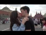 Как Поцеловать Девушку - Получил Пощечину KISSING PRANK