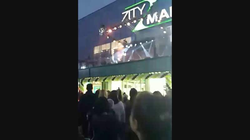Irina rimes live concert