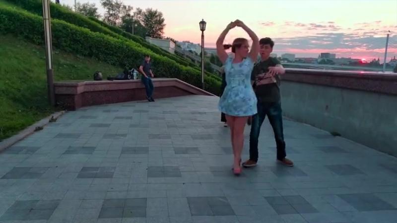 Танцы на набережной Тюмень