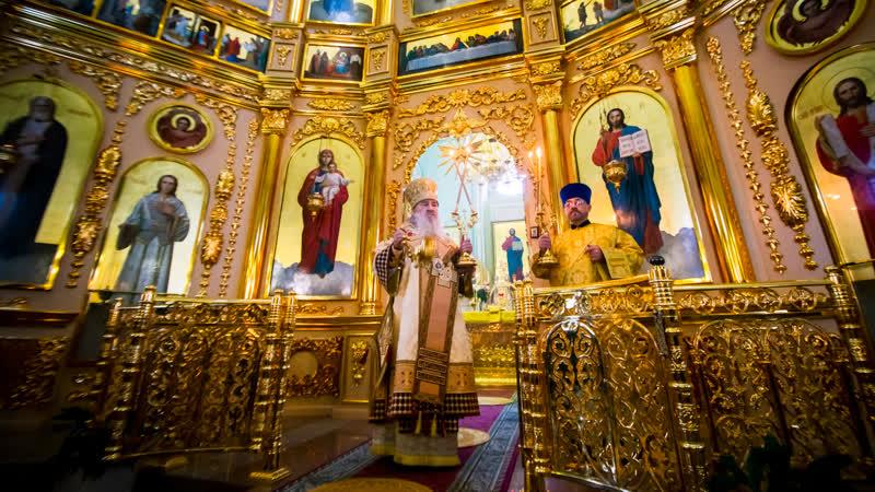 Литургия в Иоанно-Предтеченском храме села Ключищи в Неделю 26-ю по Пятидесятницы