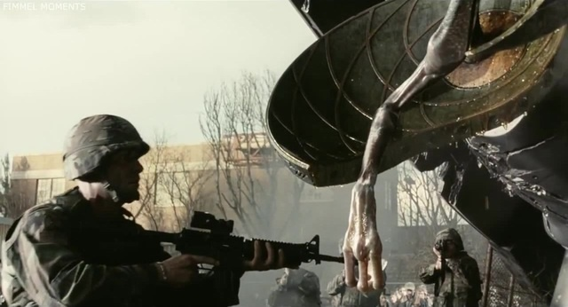 Солдаты уничтожают последний триножник 8 часть