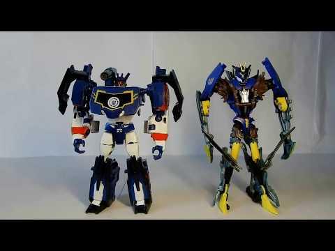 Трансформеры: Роботы под прикрытием Warrior Deluxe Саундвейв customize