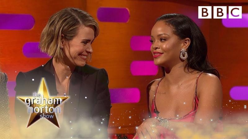 How the disgustingly hilarious Rihanna memes began - BBC