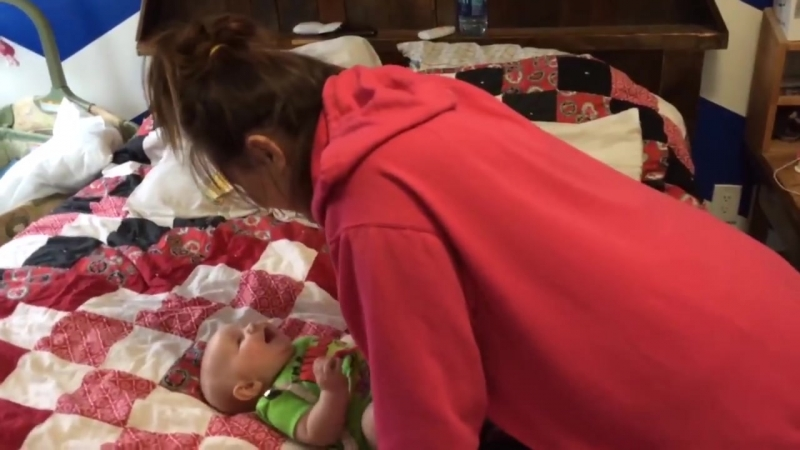 When Babies Prefer Mom Over Dad Viral Videos