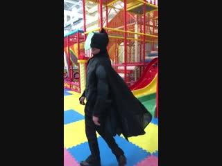 Тёмный рыцарь в BabyClub.mp4