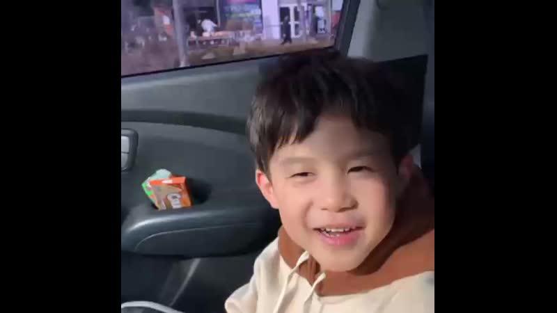 김씨 в Instagram «마음이 착한 울 아들❤️❤️😊».mp4