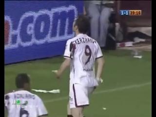 Гол Кержакова. Севилья vs Барселона. Примера 2006/2007