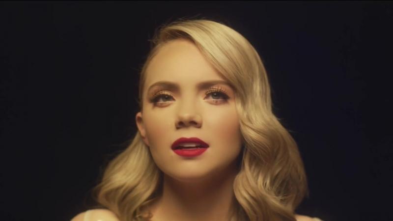 Danielle Bradbery - «Worth It»