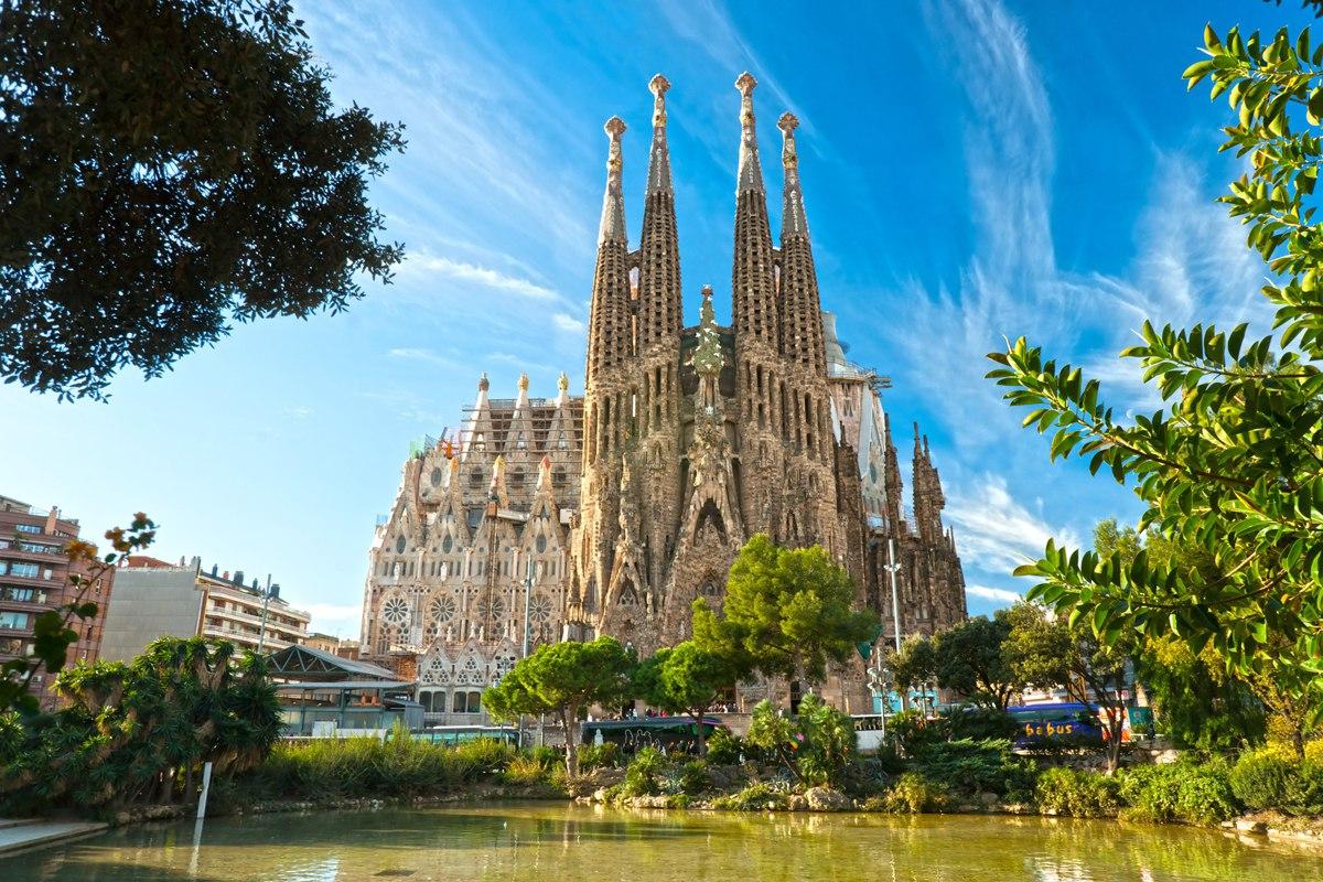 _3_0ZDDQp3U Барселона – один из самых космополитичных городов мира.