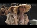 За кулисами показа Chanel весна-лето 2019