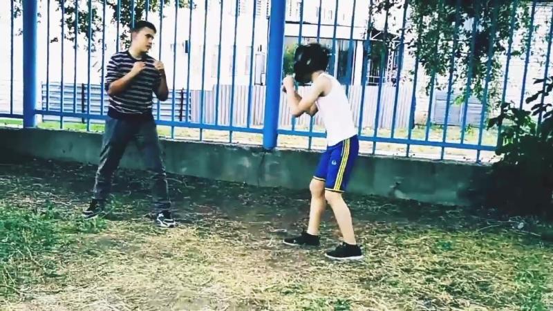 Стрела, Хабиб vs Конор Побеждает Хабиб.
