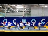 FUNKY-FISH DANCE Jumping &amp Flashmobbing