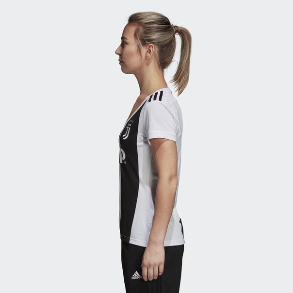 Домашняя игровая футболка Ювентус