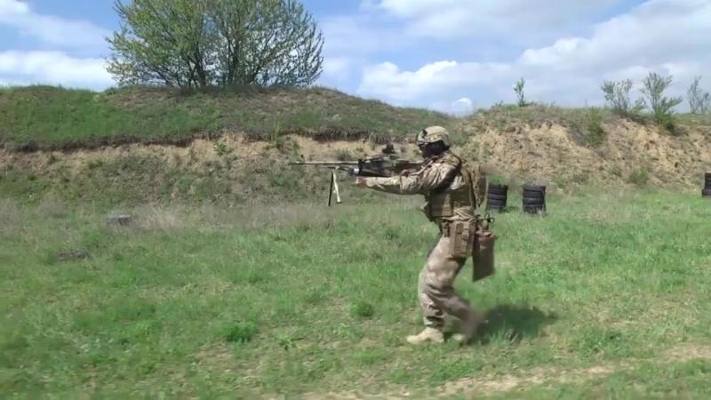 Стрельба из ПКМ украинским спецназовцем Быстросъемный подсумок для короба пулем