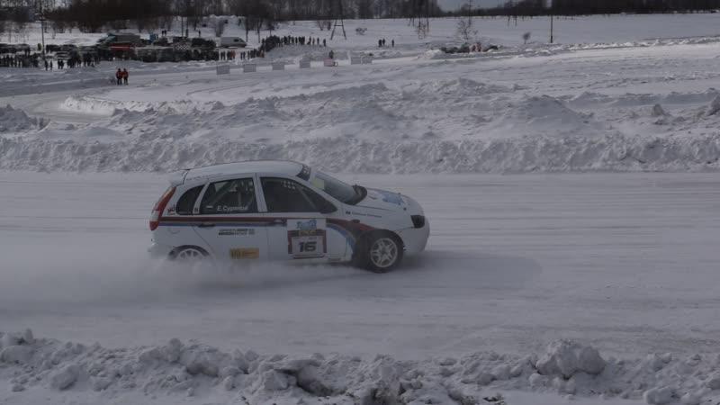 Чемпионат Сибири по ледовым гонкам 2019 (проход поворота)