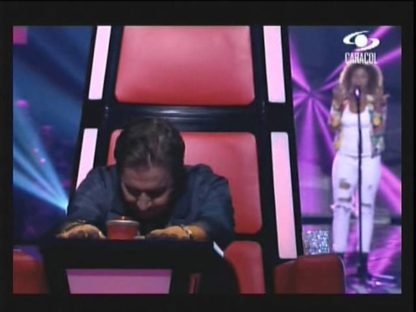 Victoria Castillo - I Will always love you Capitulo 1 La Voz Colombia 1 de Octubre 2012