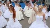 Surprise Flash Mob Wedding Dance Флешмоб невест Сбежавшие от серых будней