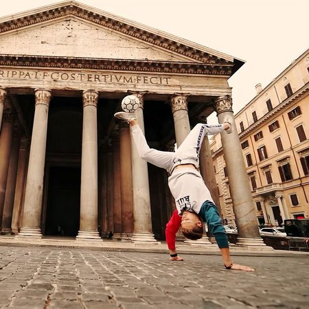 """Tobias Becs on Instagram: """"It's time for @bulaeurope Trick Of The Week: """"Handstand Abbas atw""""💯 Head over to my Story for the Tutorial of the week t..."""