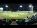 A crowd at the local baseball game? («Толпа» в местной игре в бейсбол?)