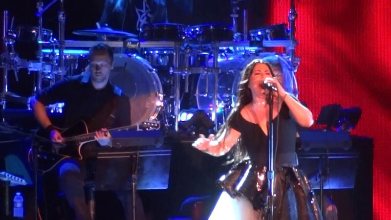 Evanescence: 1. Overture, 2. Never Go Back