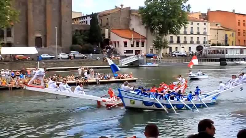 Water jousting Битва