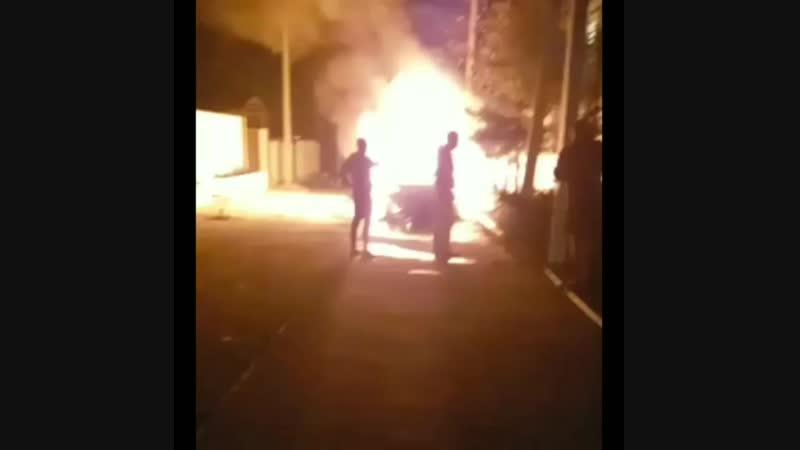 В ночь на 25.10.18 сгорел тайота ленд крузер