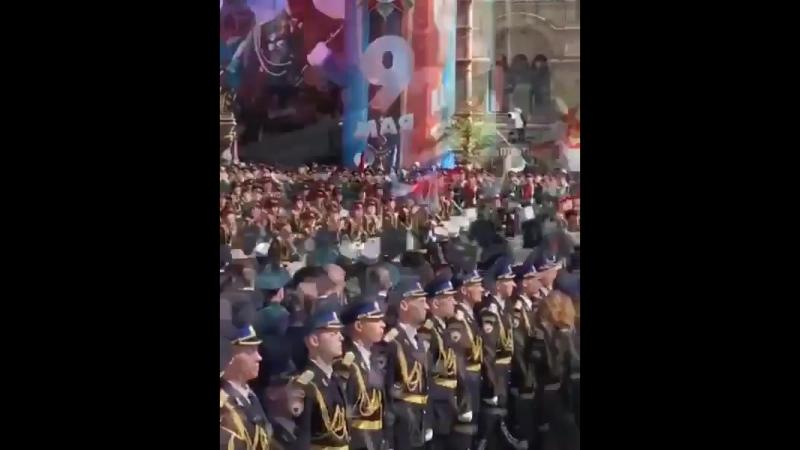 Алла-Виктория и Мартин Киркоровы на параде Победы!