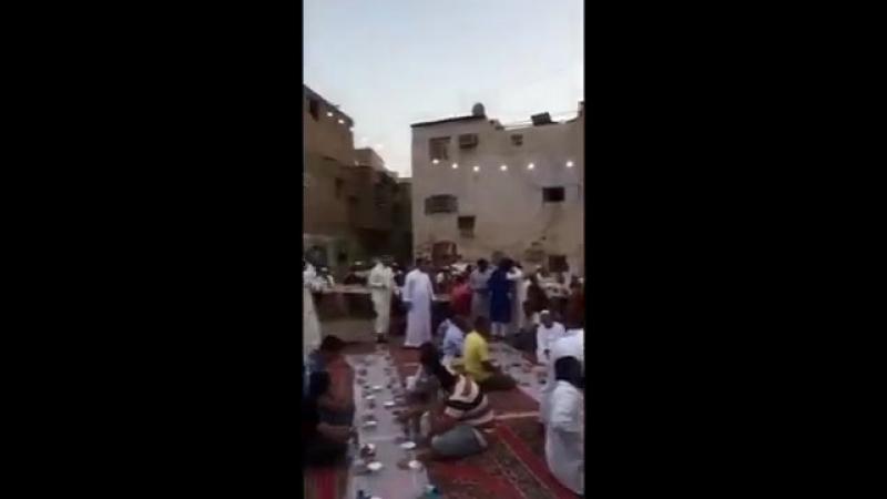 إفطار رمضان شباب السيح 13-9-1439هـ مع الأستاذ أحمد صديق التّركي
