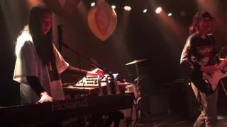 Cherry Glazerr - Territorial Pissings (live)- Jan 25, 2017 - Detroit
