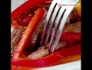 Салат из телятины с имбирной заправкой.