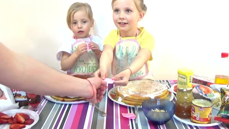 [Nikol CrazyFamily] ТОРТ ЧЕЛЛЕНДЖ Cake Challenge от Nikol CrazyFamily ЧЕЛЛЕНДЖИ ДЕТСКИЙКАНАЛ ЮТУБ YouTube