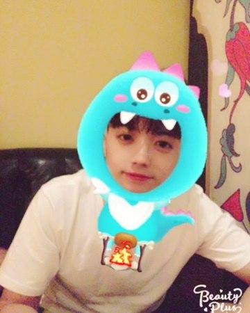 "@real_2pmstagram on Instagram ""쿠아아아앙🐲 우영사우르스 우영님귀여워서 쿠아아아아아아앙"